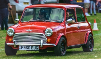 FDLCVS-279-GC-2018-1989 AUSTIN MINI MAYFAIR