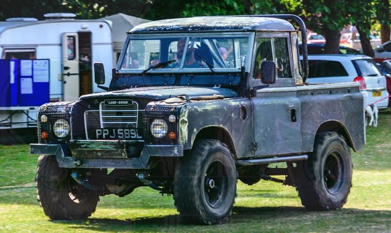 Fdlcvs 472 Gc 2018 1973 Land Rover 88 4 Cyl Fleur De Lys Classic