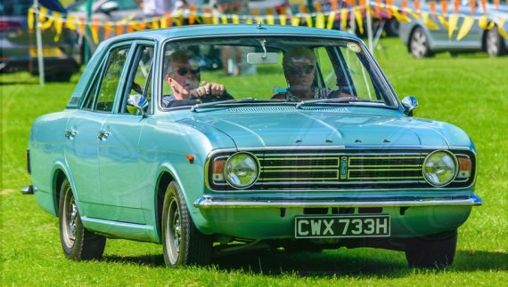 FDLCVS-050-GC-2019-1969 FORD CORTINA 1300 DX