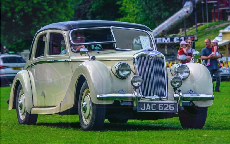 FDLCVS-271-GC-2019-1949 RILEY 2.5 LITRE