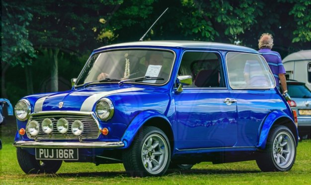 FDLCVS-313-GC-2019-1976 LEYLAND CARS MINI 1000